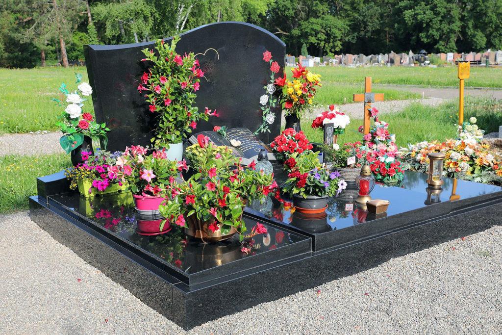 monument funéraires